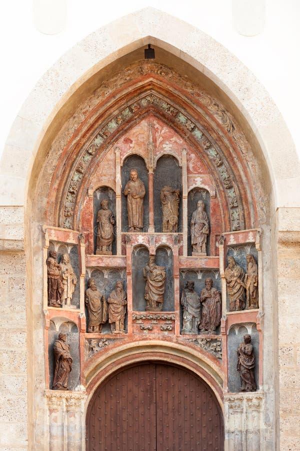 Gotische beeldhouwwerken van Zuidelijk portaal stock foto's