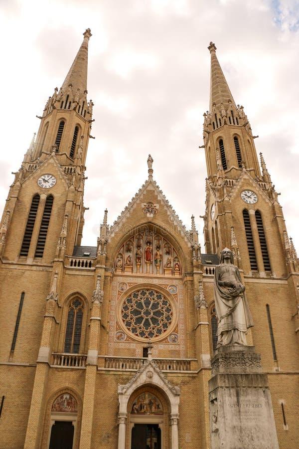 Gotische de stijlkerk van Boedapest, Hongarije van St Elizabeth royalty-vrije stock foto