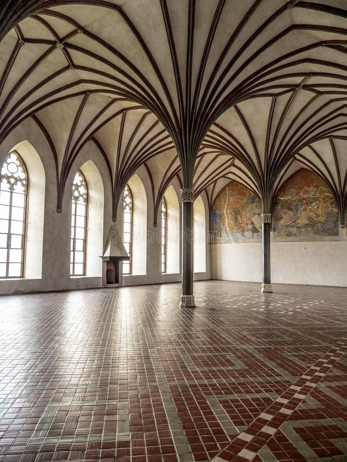 Gotische Grote Eetzaal - Malbork-kasteel, Polen stock foto