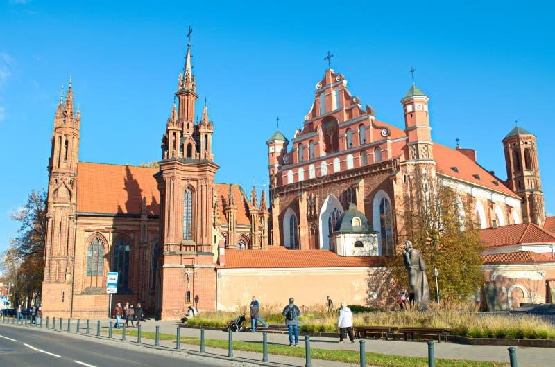 Gotische kerk van Heilige Anne in Vilnius stock foto's