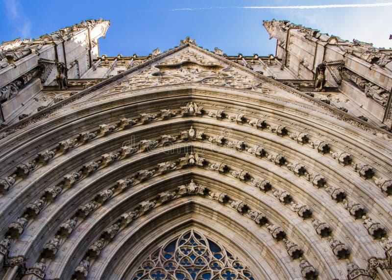 Gotische kerkvoorgevel royalty-vrije stock foto