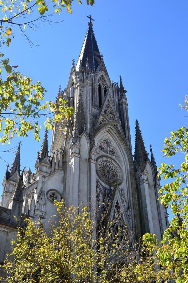 Gotische Kirche stockbild