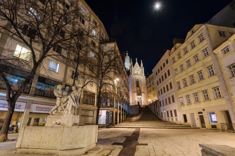 Gotische Kirche Maria morgens Gestade in Wien lizenzfreies stockbild