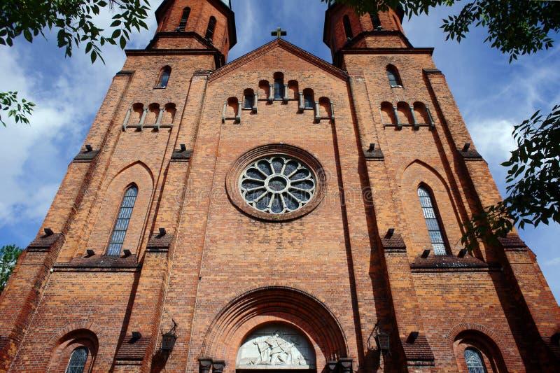 Gotische Kirchtürme in Pruszkow lizenzfreie stockfotos