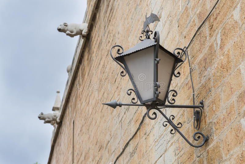 Gotische lantaarnpaal stock fotografie