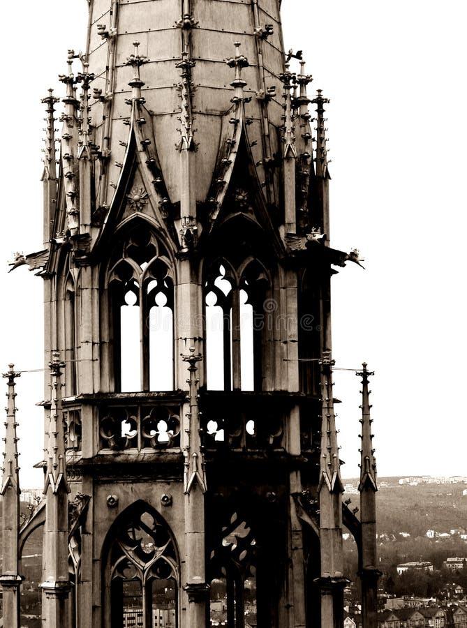 Gotischer Kontrollturm lizenzfreies stockbild