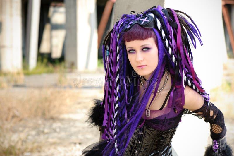 Gotisches Mädchen des Cyber lizenzfreie stockfotos