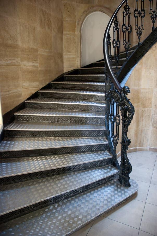 Gotisches Treppenhaus lizenzfreie stockbilder