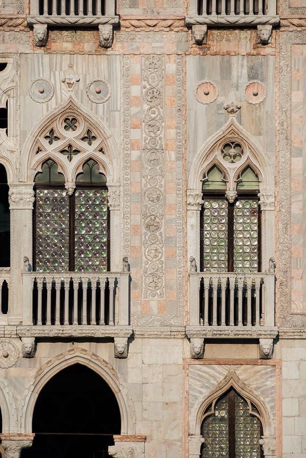 Gotisk arkitektur i Venedig royaltyfria bilder