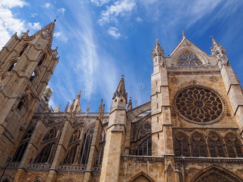 Gotisk domkyrka av Leon, Spanien fotografering för bildbyråer