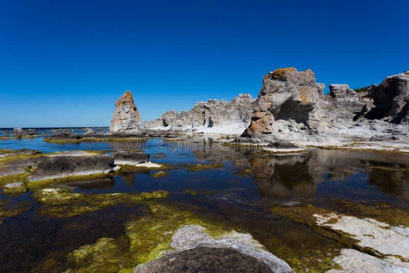 Gotlands overzeese stapels stock afbeeldingen