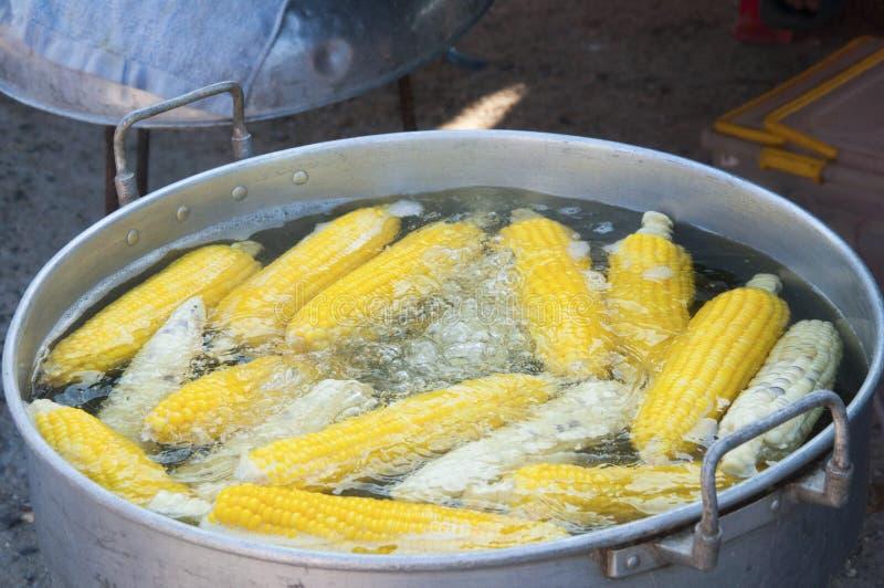 gotowana kukurudza obrazy stock