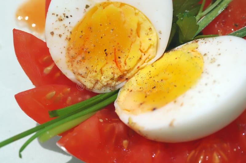gotowane jajko połowę fotografia stock