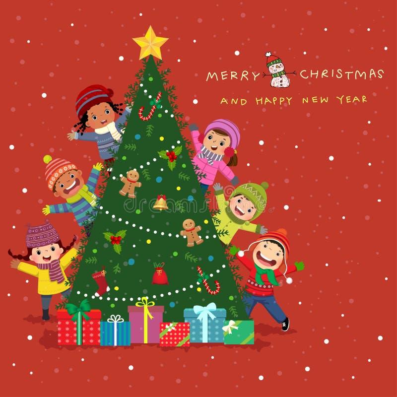 Gott nytt år och god julkortsdesign Grupp av söta barn som piper bakom julgranen royaltyfri illustrationer
