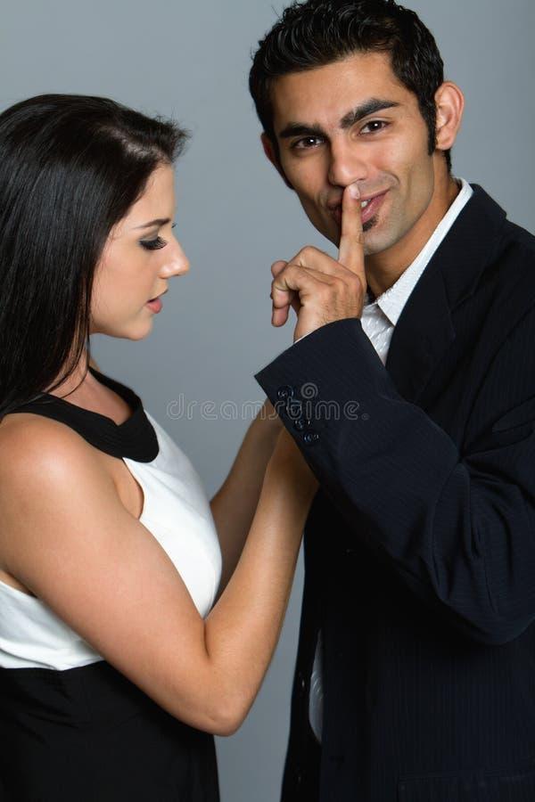 gott se för par ungt royaltyfri foto