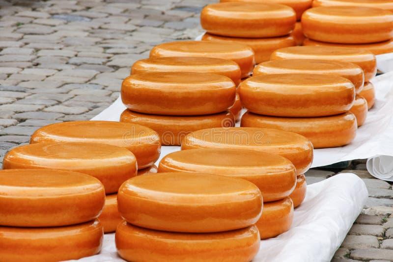 Gouda, oude de kaasmarkt van Holland stock fotografie