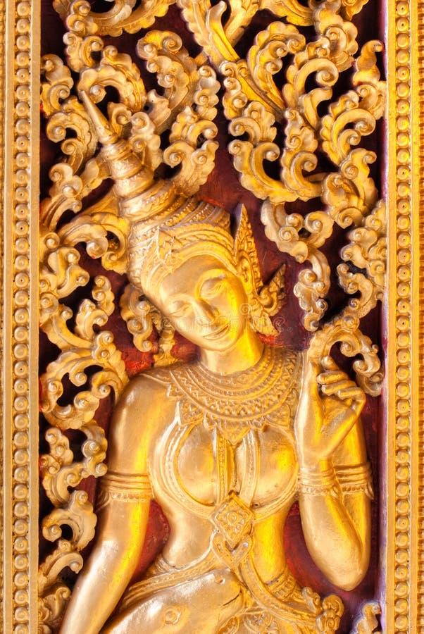 Gouden Apsara. stock afbeelding