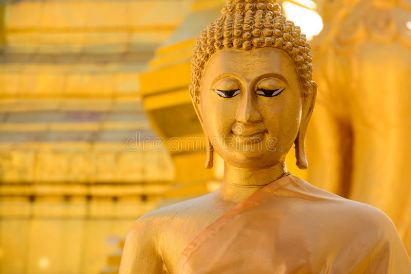 Gouden Boedha in symbool Thailand royalty-vrije stock foto