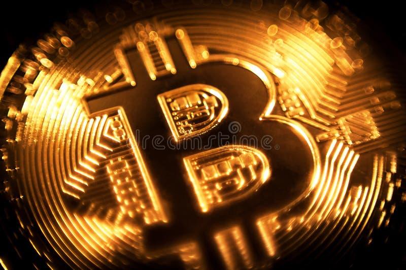 Gouden crypto van het muntstuk bitcoin symbool munt royalty-vrije stock foto's