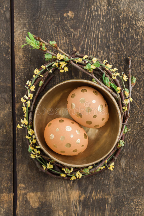 Gouden eieren stock afbeelding
