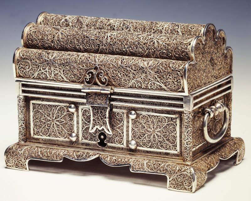 Gouden en zilveren filigraan stock afbeelding
