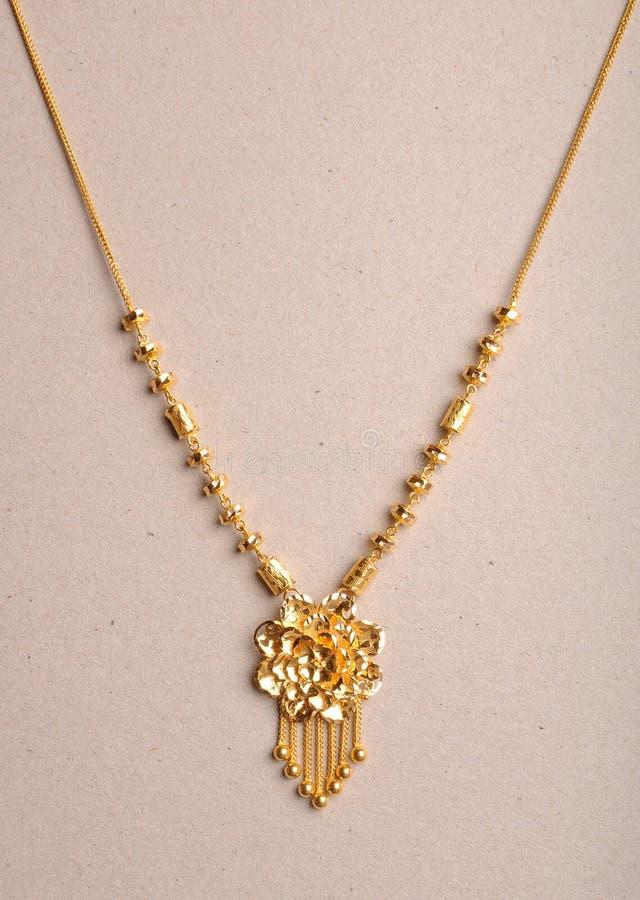 Gouden halsband stock foto