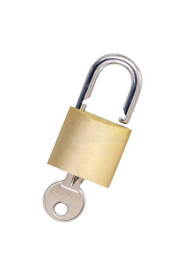 Gouden Hangslot met sleutels - slot die veiligheid op een witte achtergrond vertegenwoordigen stock afbeeldingen