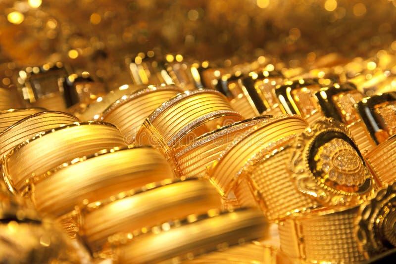 Gouden juwelenachtergrond/zachte selectieve nadruk royalty-vrije stock fotografie