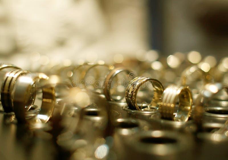 Gouden juwelenwinkel royalty-vrije stock fotografie
