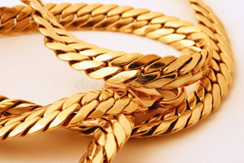 Gouden ketting royalty-vrije stock afbeeldingen