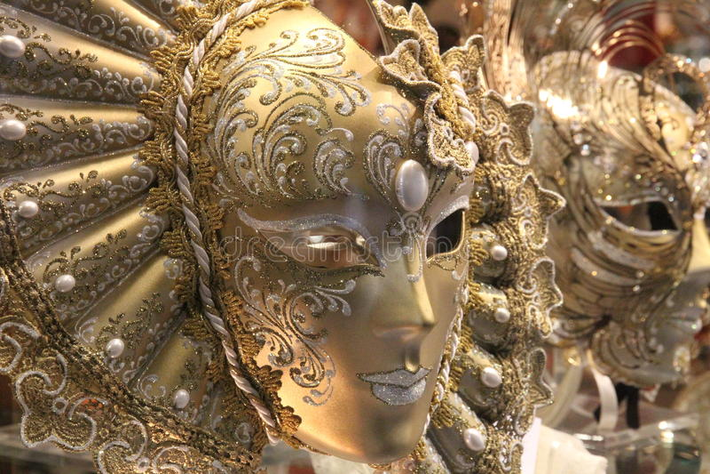Gouden masker royalty-vrije stock afbeelding