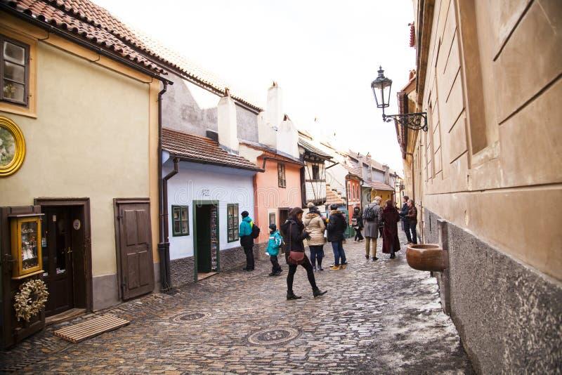 Gouden Straat in Hradcany, Praag, Tsjechische Republiek stock afbeeldingen