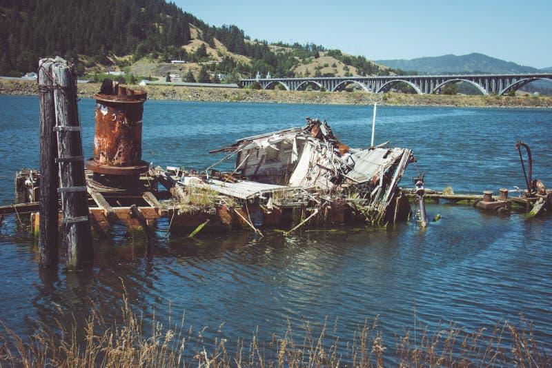 Gouden Strand Oregon - Schipbreuk van Mary D Hume royalty-vrije stock afbeeldingen