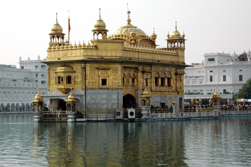 Gouden tempel in Amritsar stock afbeelding