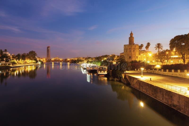 Gouden Toren in Sevilla stock foto's