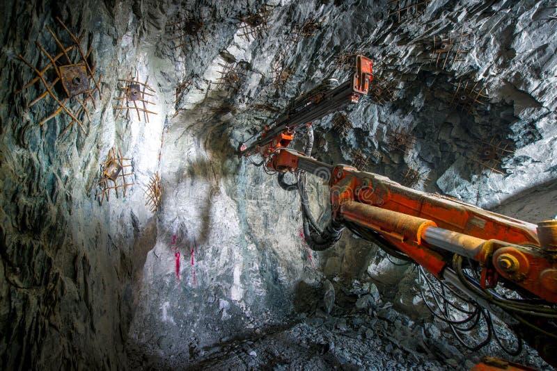 Goudwinning ondergronds stock foto's