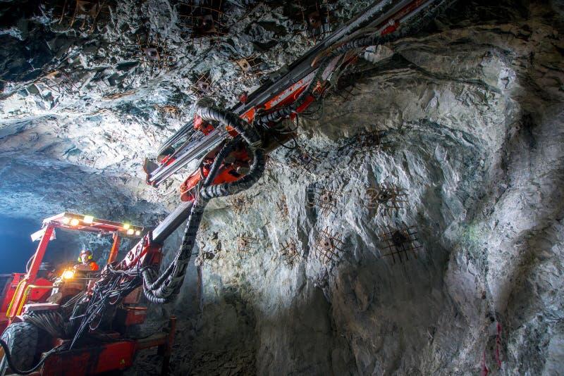 Goudwinning ondergronds royalty-vrije stock afbeelding
