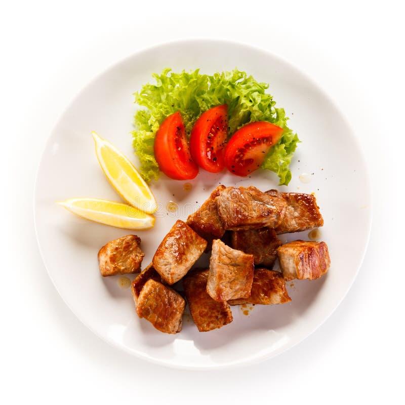Goulache et légumes photos stock