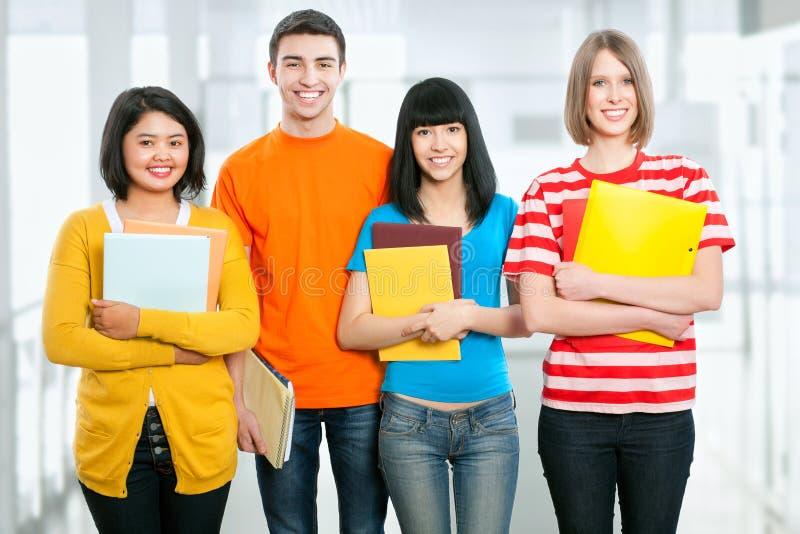 Goup das estudantes universitário fotografia de stock