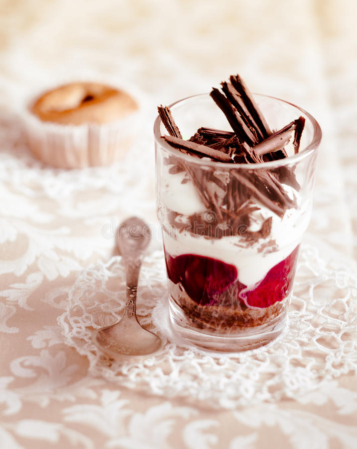 Free Gourmet Fruit And Chocolate Parfait Royalty Free Stock Photography - 24173997