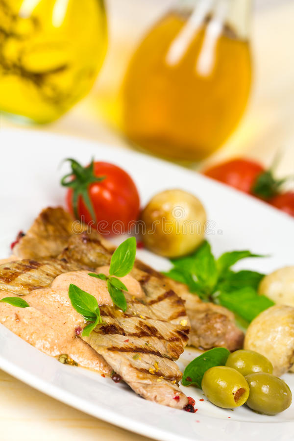 Free Gourmet,grilled Veal Slices With Salad Royalty Free Stock Image - 25260686