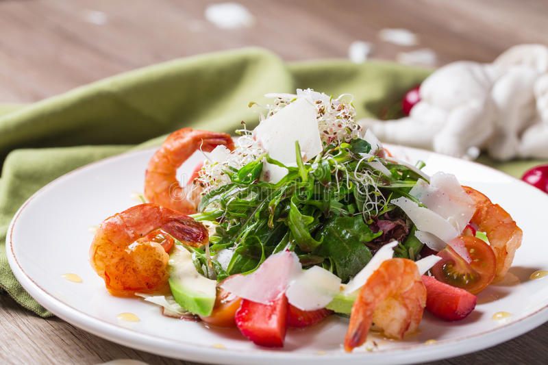 Gourmet salad with shrimp royalty free stock images