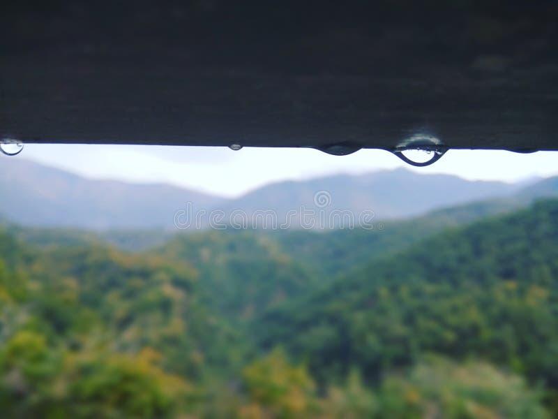 Gouttelette, pluie et nuages d'eau image libre de droits