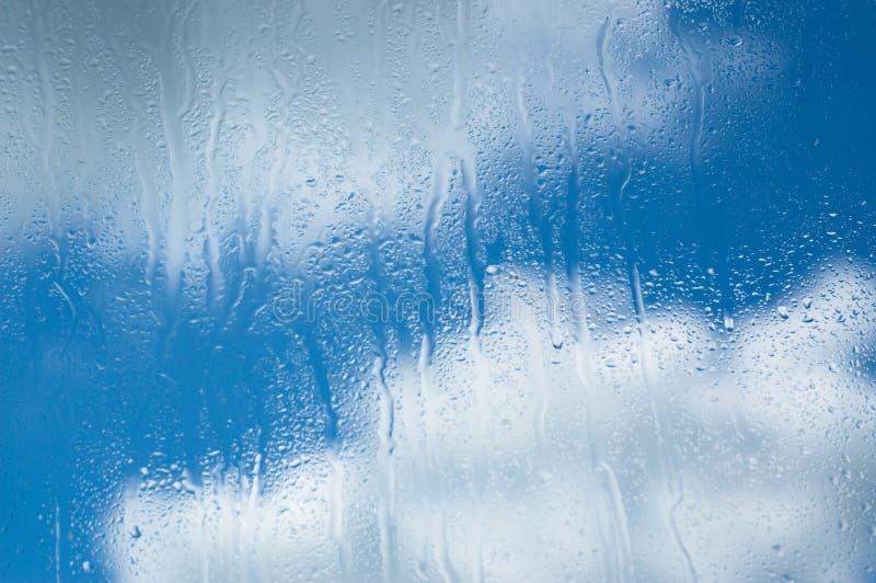Gouttes de pluie photo stock