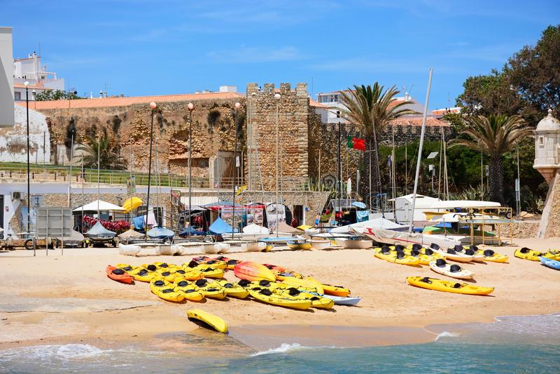 Gouverneurspaleis en strand, Lagos, Portugal royalty-vrije stock afbeelding