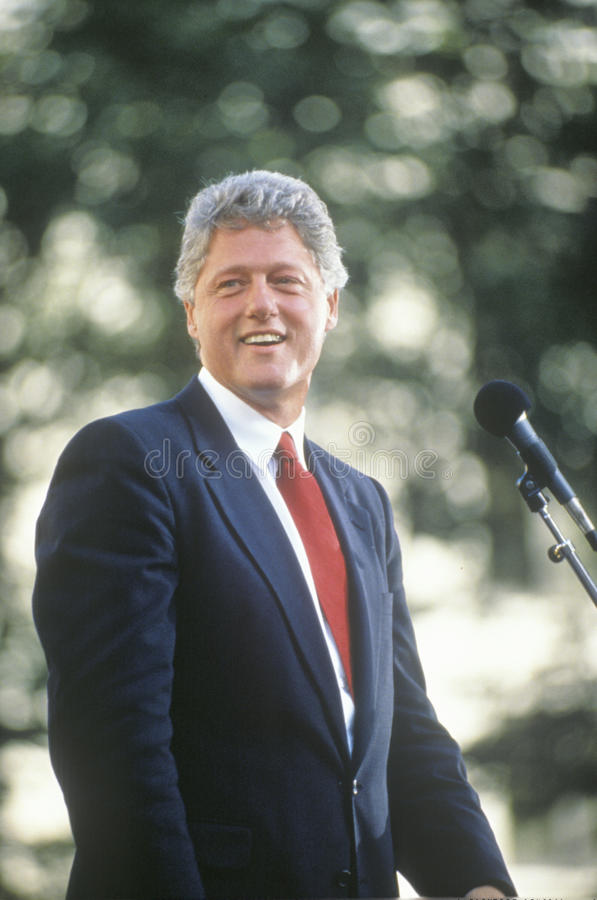 Governor Bill Clinton speaks in Ohio during the Clinton/Gore 1992 Buscapade campaign tour in Cleveland, Ohio stock photos