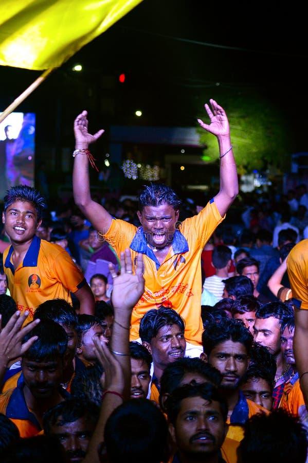 Govinda célébrant après interruption du dahi handi sur le festival de Janmashtami dans Pune photos stock