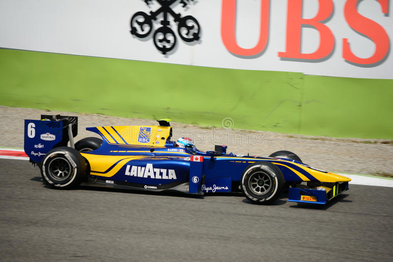 GP2 serii samochód jadący Nicholas Latifi obraz royalty free