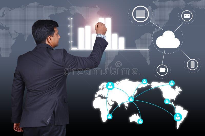 gráfico creciente dibujo del crecimiento del hombre de negocios imagen de archivo
