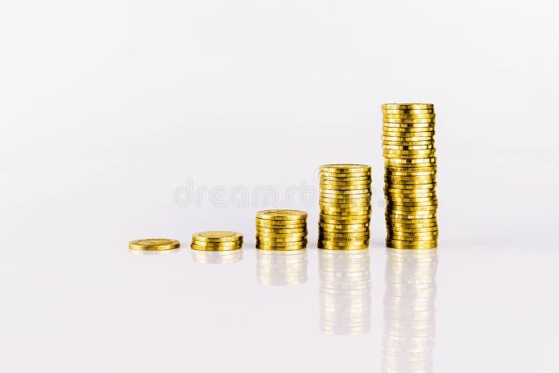Gráfico do crescimento da moeda de ouro imagem de stock